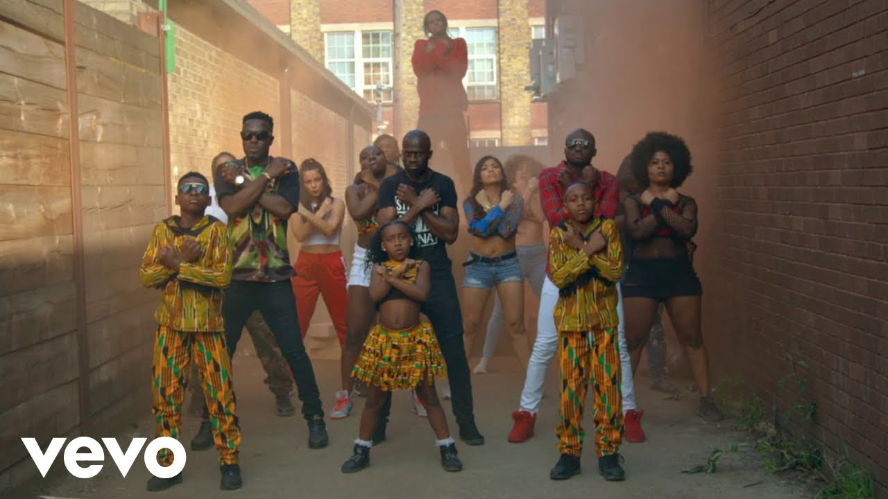 [Official Video] Reggie N Bollie - Whine Up