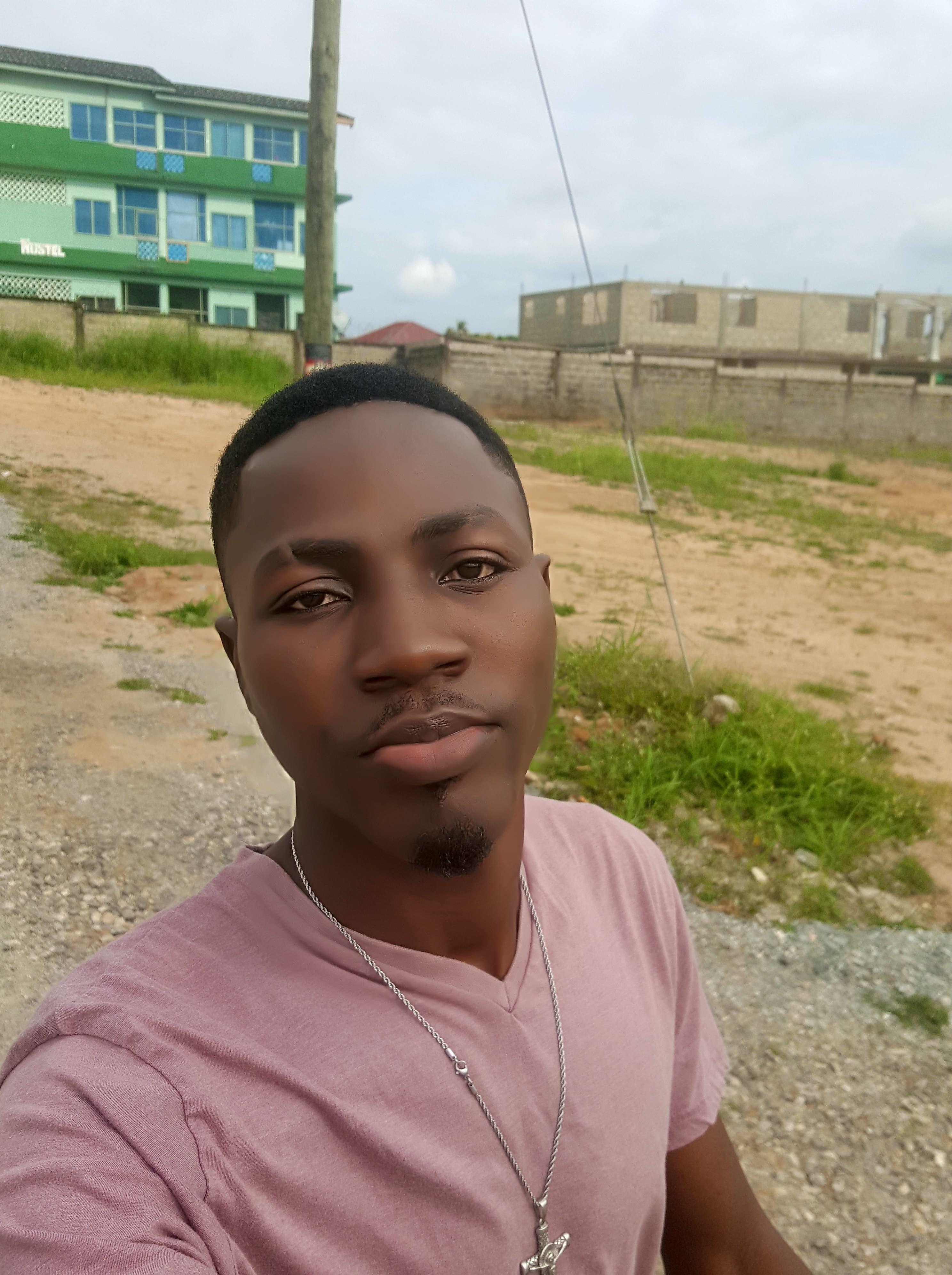 Portrait of Ghanaian Blogger Sampson Halm