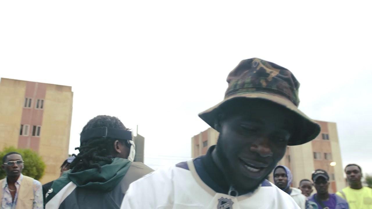 B4Bonah Ft. Mugeez (R2Bees) – Kpeme (Official Video)